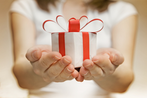 Почему моему ребенку не дарят подарки 142